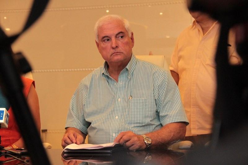Publican anuncios en Miami para notificar a Martinelli de proceso en Panamá